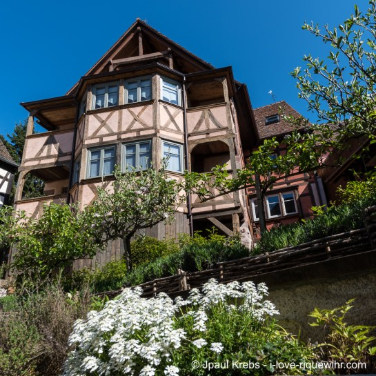 In Riquewihr, Alsace, this old winery built in 1580 facing the famous Schoenenbourg vineyard is now converted into outstanding holiday apartments.