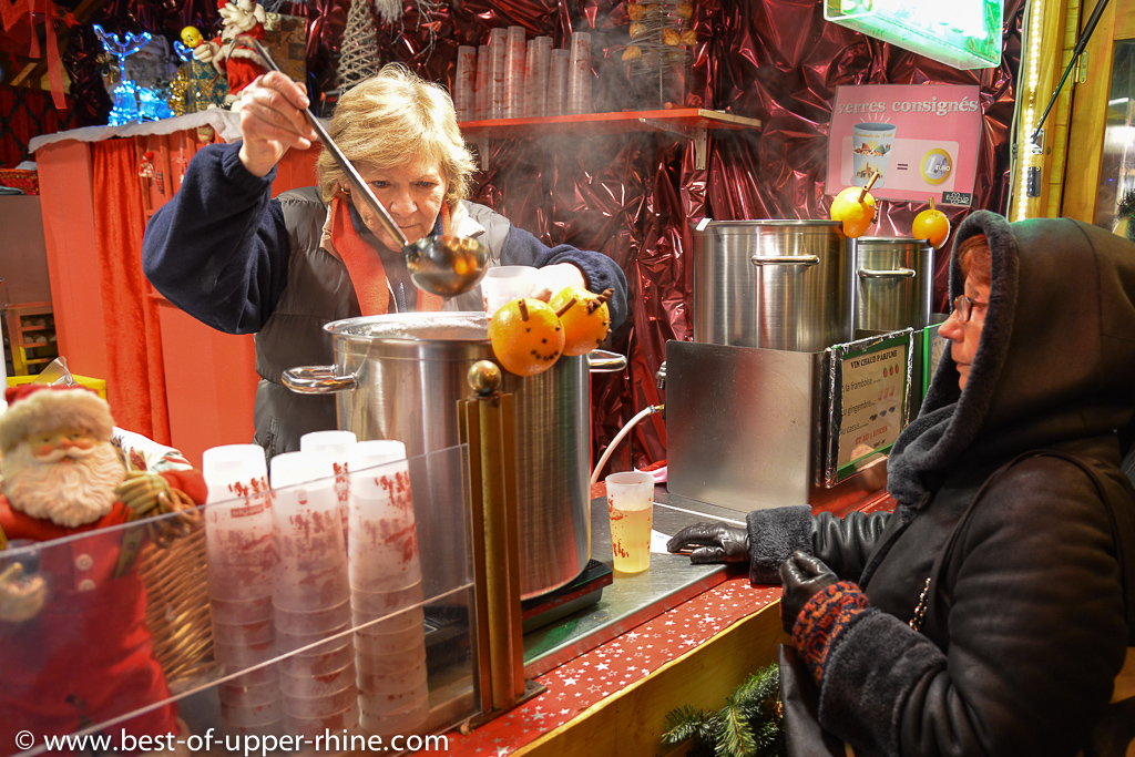 Glühwein - mulled wine - vin chaud