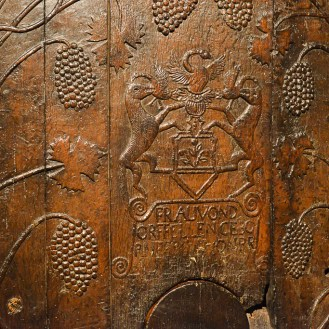 In old times the wooden barrels were carved.