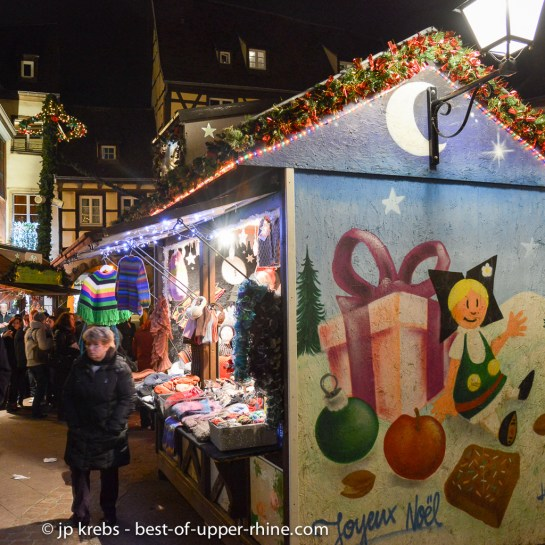 Christmas market at the Old Customs Building in Colmar