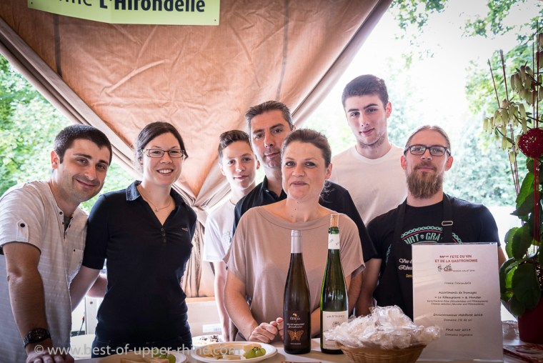A complete team of farmers and winemakers for the cheese!