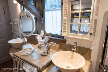 The bathroom of the Lucky Dragon, Luxury Family Gite on the Alsace Wine Route in Riquewihr, ideal for a family of 2 adults + children.
