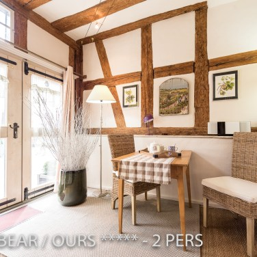 The dining place is like a winter garden in the Little Bear, romantic and charming apartment for 2 adults in Riquewihr in Alsace