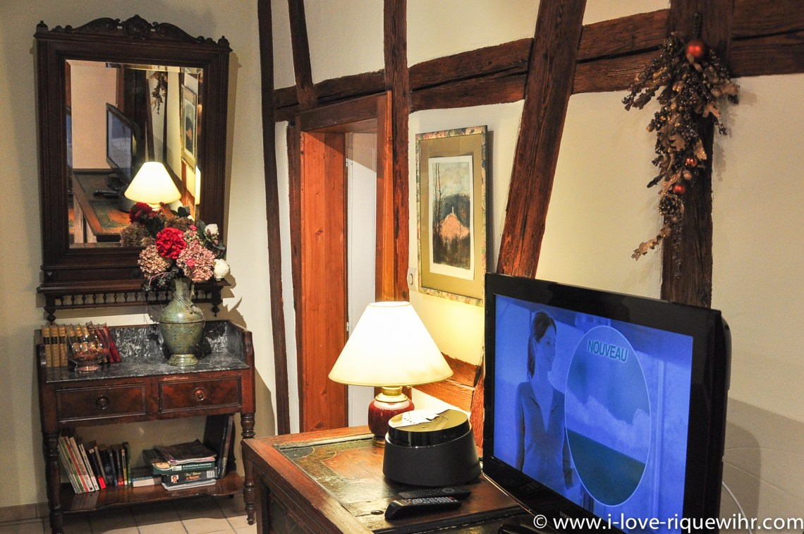 The TV place of Riesling, beautiful and charming apartment for 2-4 adults is located in the medieval heart of Riquewihr in Riquewihr Alsace