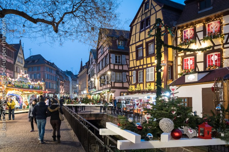 Colmar, medieval romantic city at Christmas time. Old Customs Square (Koïfhus).