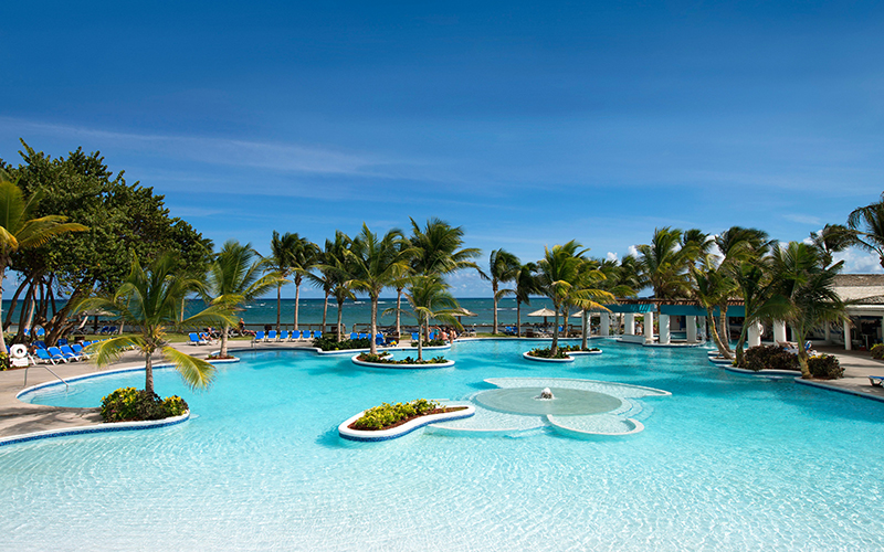 Top 10 best all inclusive caribbean family resorts for 2016 for Best all inclusive beach