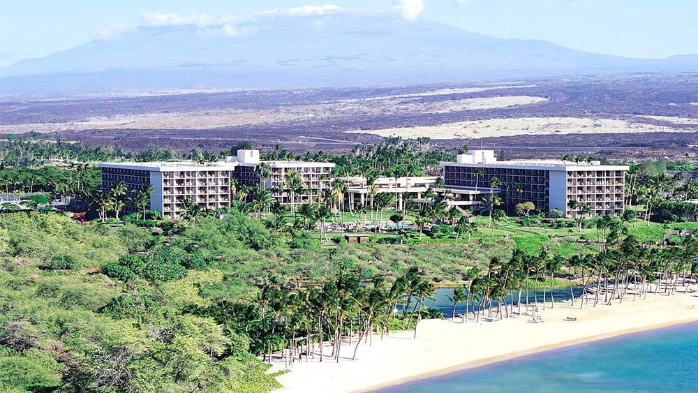 waikoloa-beach-marriott-resort-and-spa-slider-1