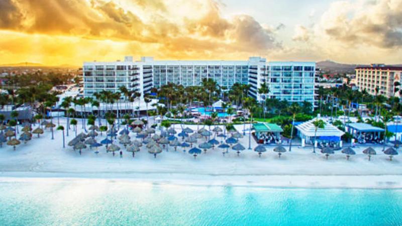 caribbean-spring-break-resorts-aruba-marriott-resort-and-stellaris-casino