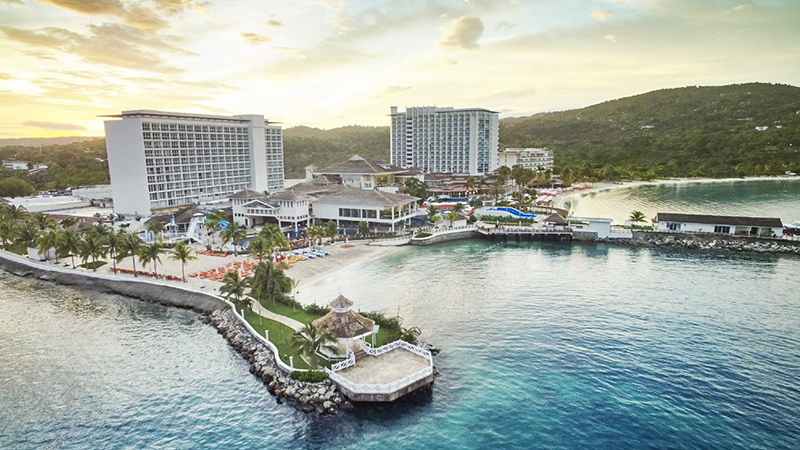 memorial-day-moon-palace-jamaica-grande