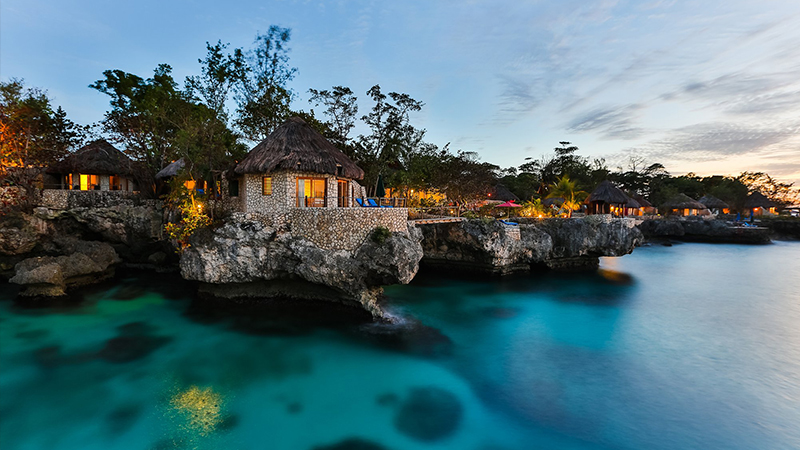 spooky-caribbean-hotels-rockhouse