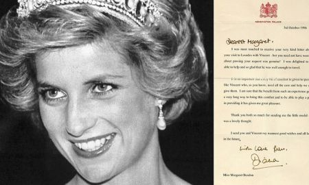 1519094530 princess dianas letters to aids victim surface up for auction - Princess Diana's letters to AIDS victim surface, up for auction