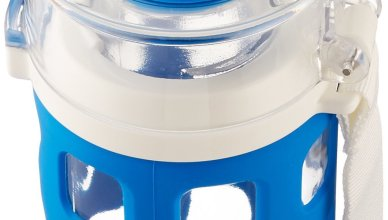 a blue Ello syndicate bottle