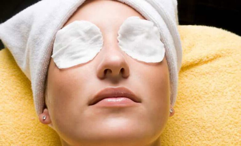 soothe out puffy eyes