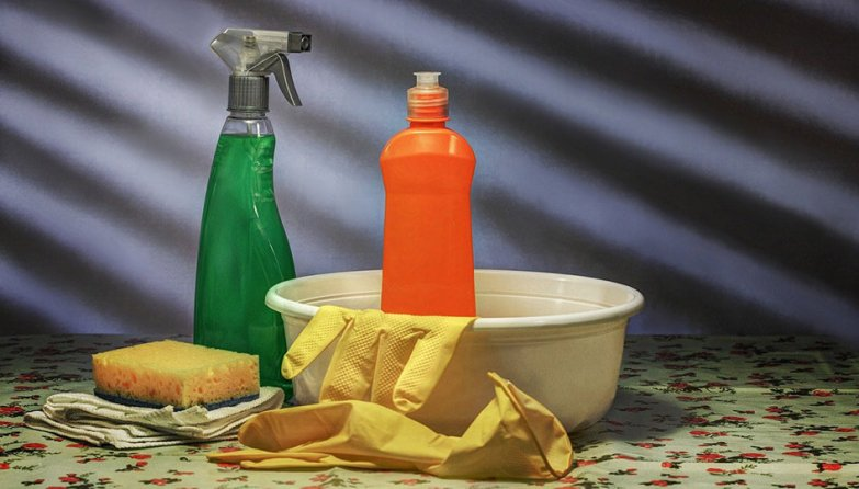 toilet bowl cleaner chemicals