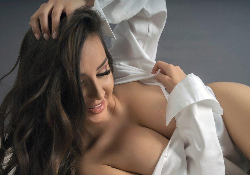 top five cam girls on flirt4free