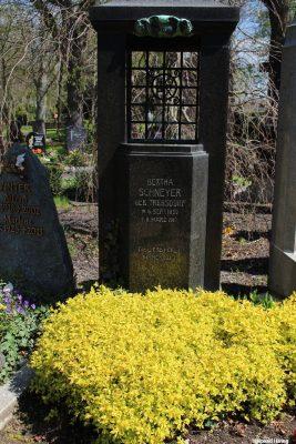 Bertha Schneyer