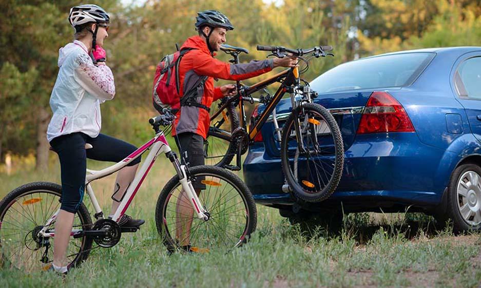 How to put a ladies bike on a bike rack