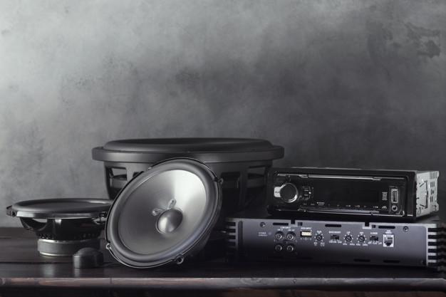 Best 4 Channel Amplifiers Under $200