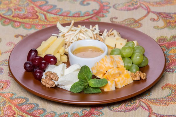 Сheese plate with mint #cheeseplate #cheeseslicer