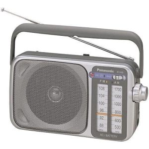 Panasonic RF-2400 AM -FM Radio