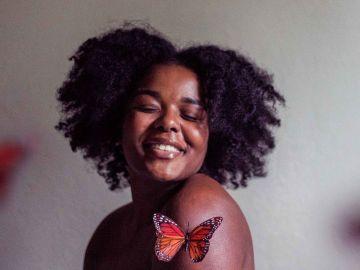 J'ai appris à aimer mon afro pour montrer l'exemple à ma petite soeur