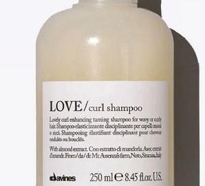 produits anti-frisottis pour cheveux bouclés