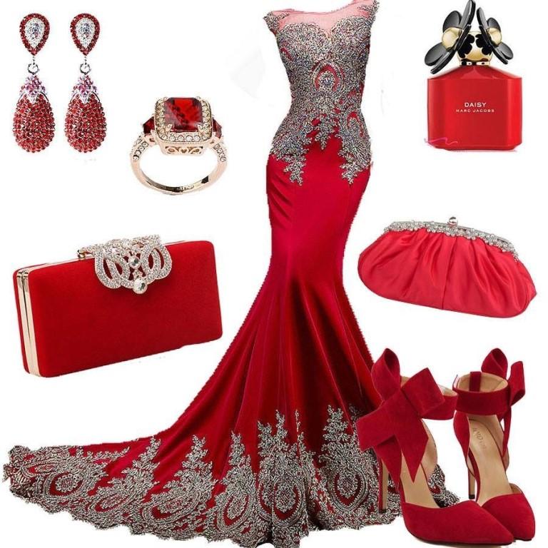 Vestido vermelho e acessórios definidos