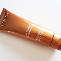 CLARINS Self Tanning Milky Lotion -Review