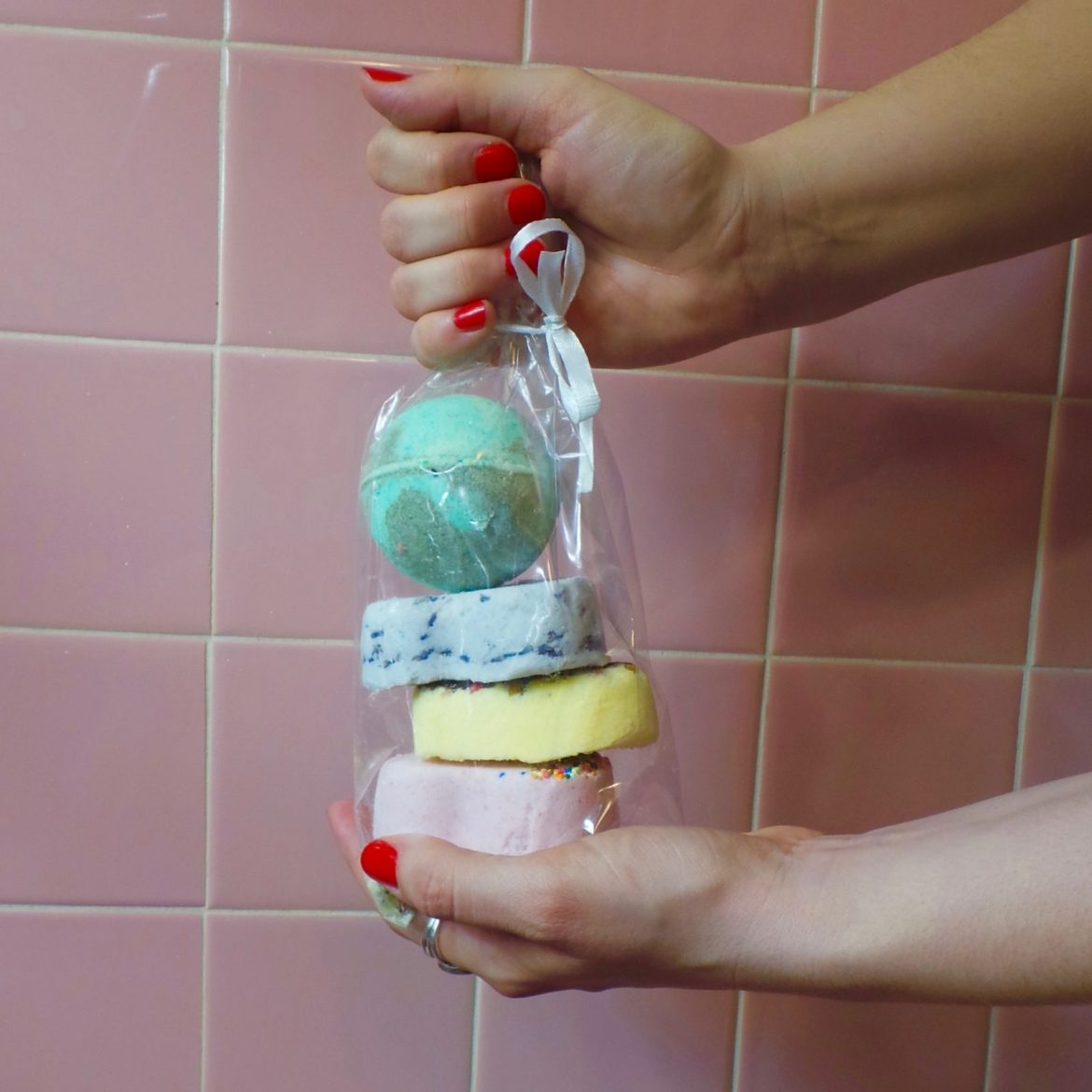 Unleash Your Creative Genius with DIY Bath Bombs