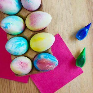 tiedye eggs insta