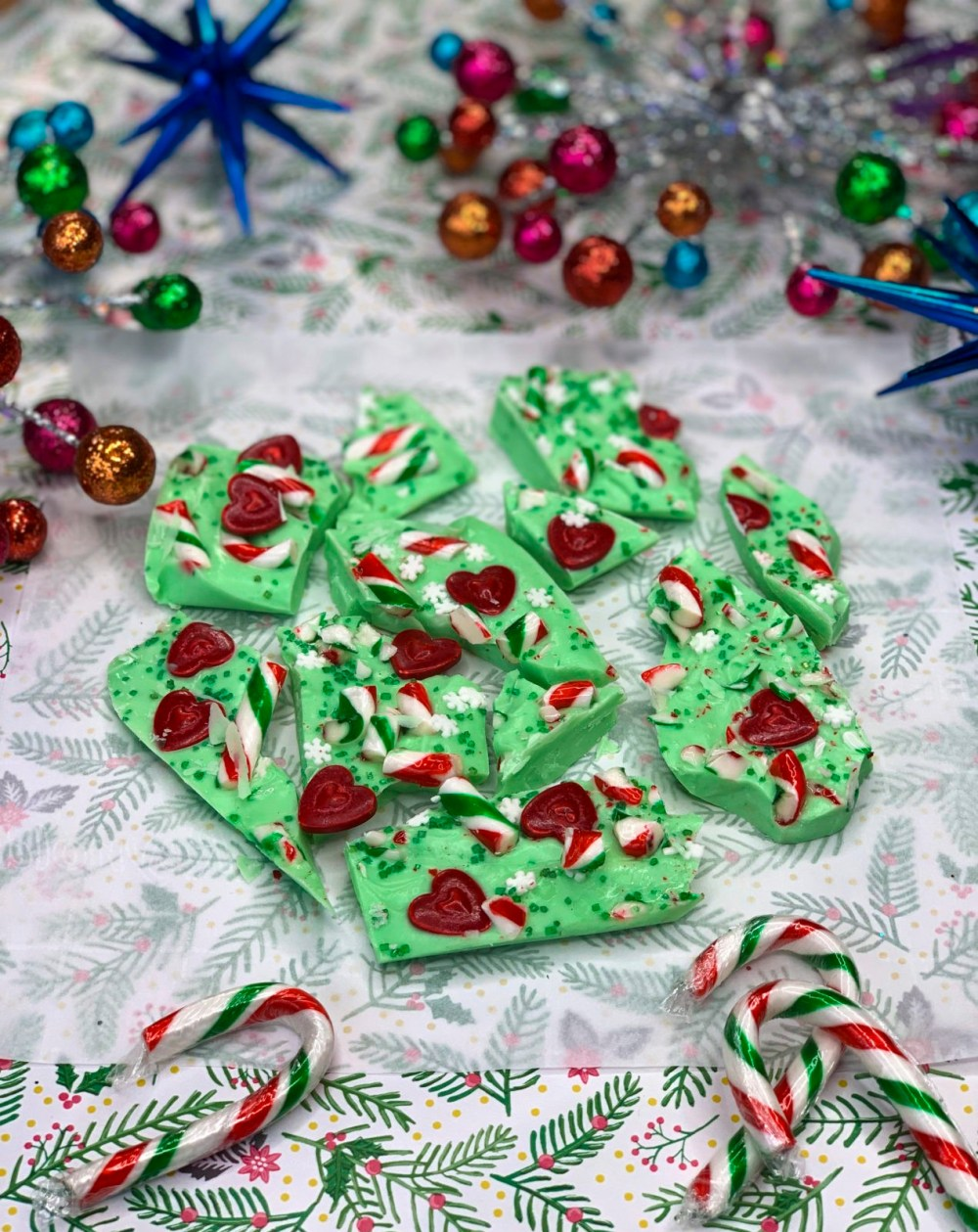 Make Chocolate Bark Themed to Classic Christmas Movies