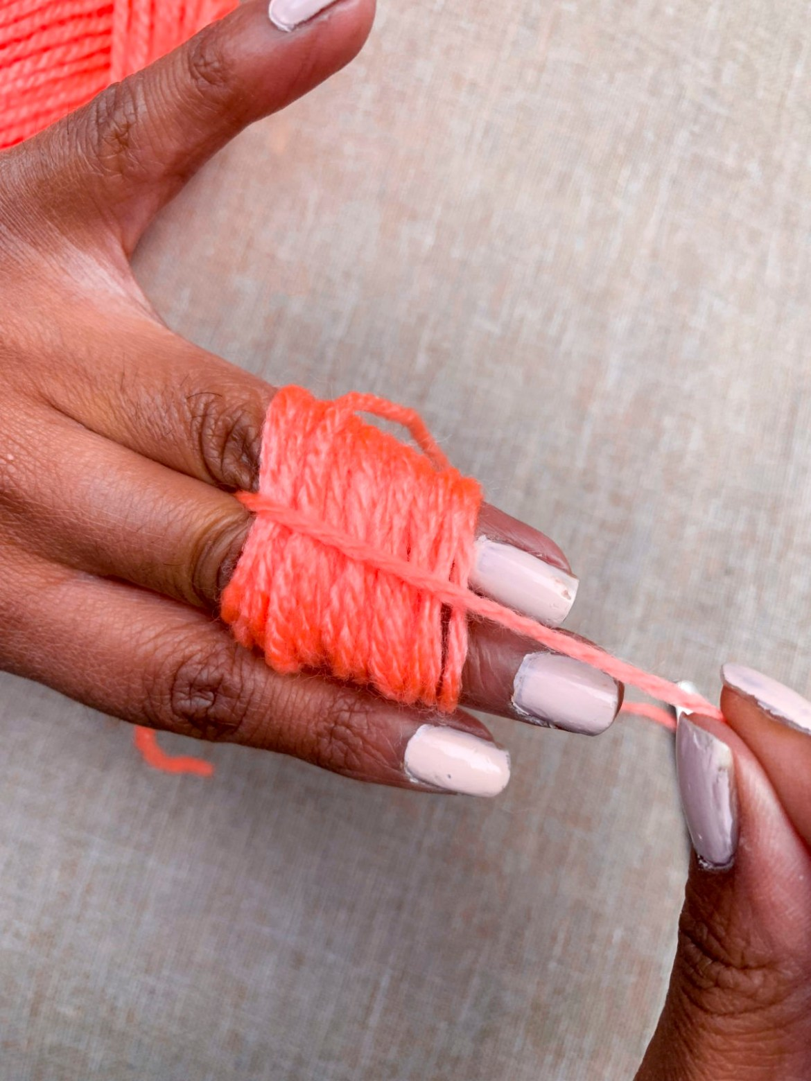 How to Make Pom Poms with Yarn