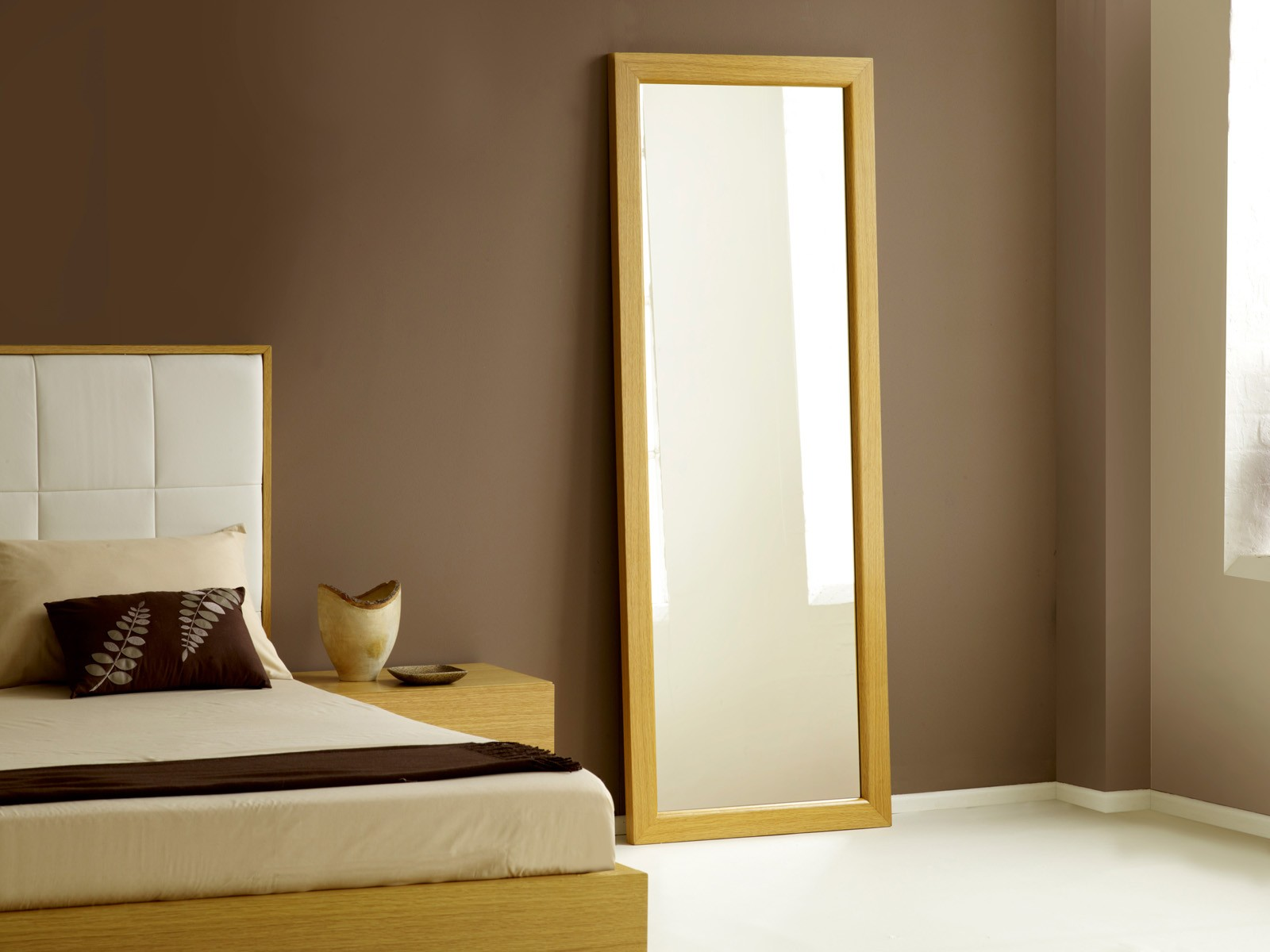 Long Bedroom Mirrors