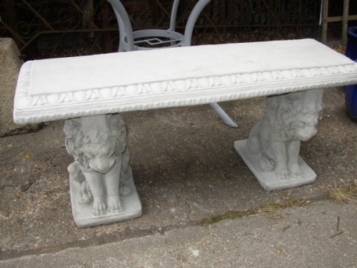Straight Bench with Lion Legs