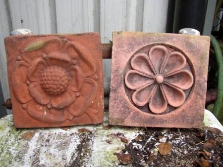 Tudor Rose & Daisy Plaques