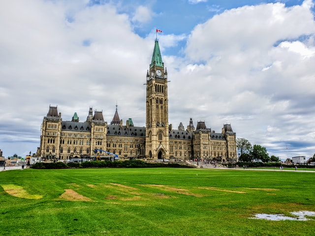 Best location in Ottawa for sightseeing - Downtown