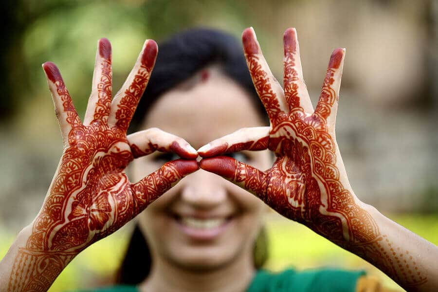 Woman with Henna-tattoos on both hands