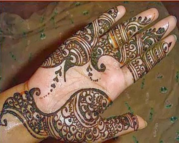 Simple Festive mehndi Design For Front Hand