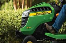 Mowing the Lawn is Taboo in Winter - Tips for Wintering the Lawnmower
