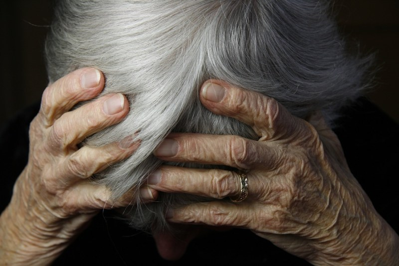 How To Help Elderly Persons Manage Depression