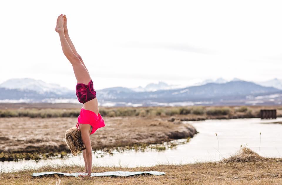 outdoor handstand