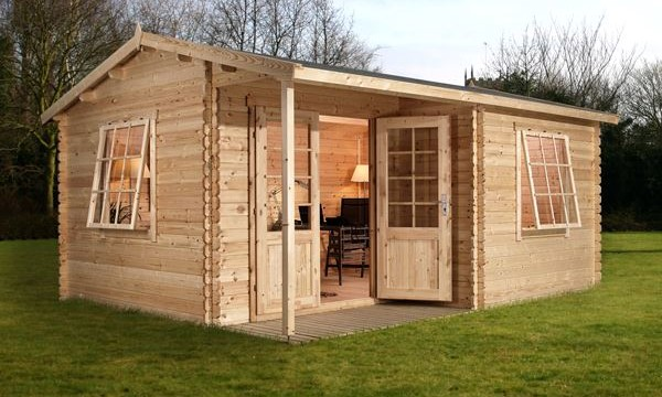 Log Cabin Review: Waltons Greenacre Home Office Executive
