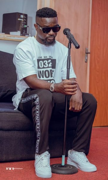 I Was Not Happy With Stonebwoy's Attack - Sarkodie Finally Speaks