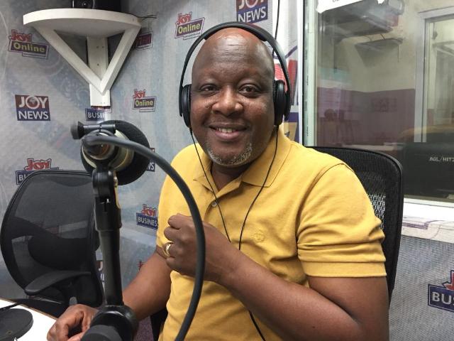 Ghanaians React As Dr. Mahamudu Bawumia Donates GH¢300,000 To Peace FM's Kokrokoo Foundation