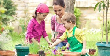 Gardening With Kids - Best Home Gear