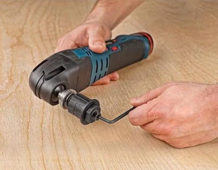 dewalt-oscillating-tool-adapter-hex-key-installation
