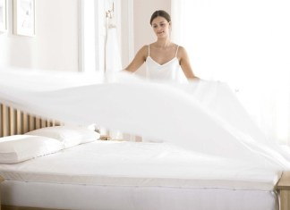 How to Clean a Memory Foam Mattress Topper the Right Way