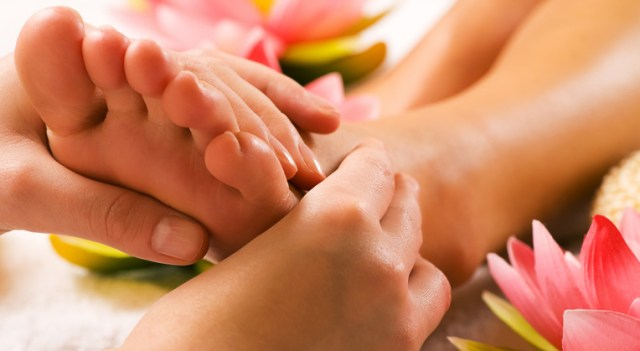 What is Foot Reflexology & What is it Good For?