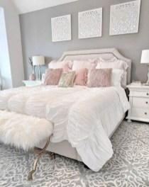 Attractive Teenage Bedroom Decorating Ideas For Comfort In Their Activities24