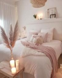 Attractive Teenage Bedroom Decorating Ideas For Comfort In Their Activities36